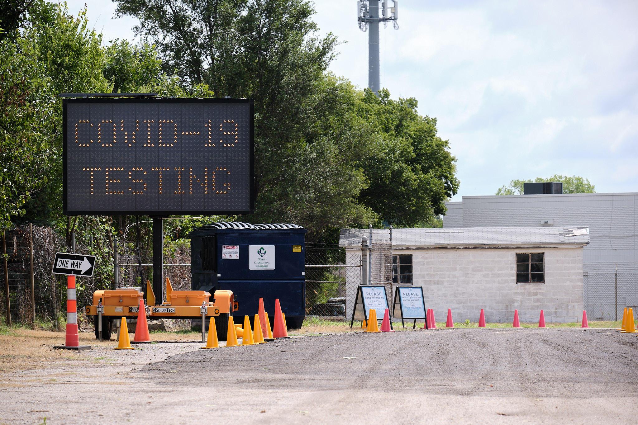A coronavirus testing site in Sedgwick County. (Photo by Brian Grimmett, Kansas News Service)