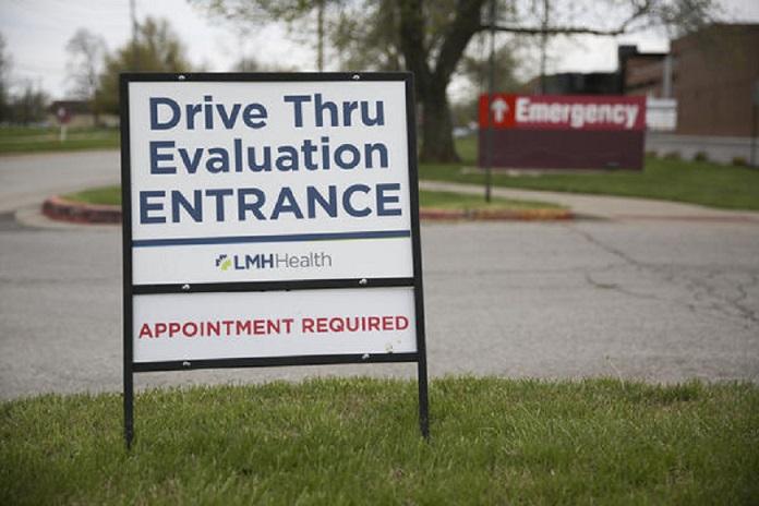 Drive-through COVID-19 testing at Lawrence Memorial Hospital. (Photo: Nomin Ujiyediin, Kansas News Service)