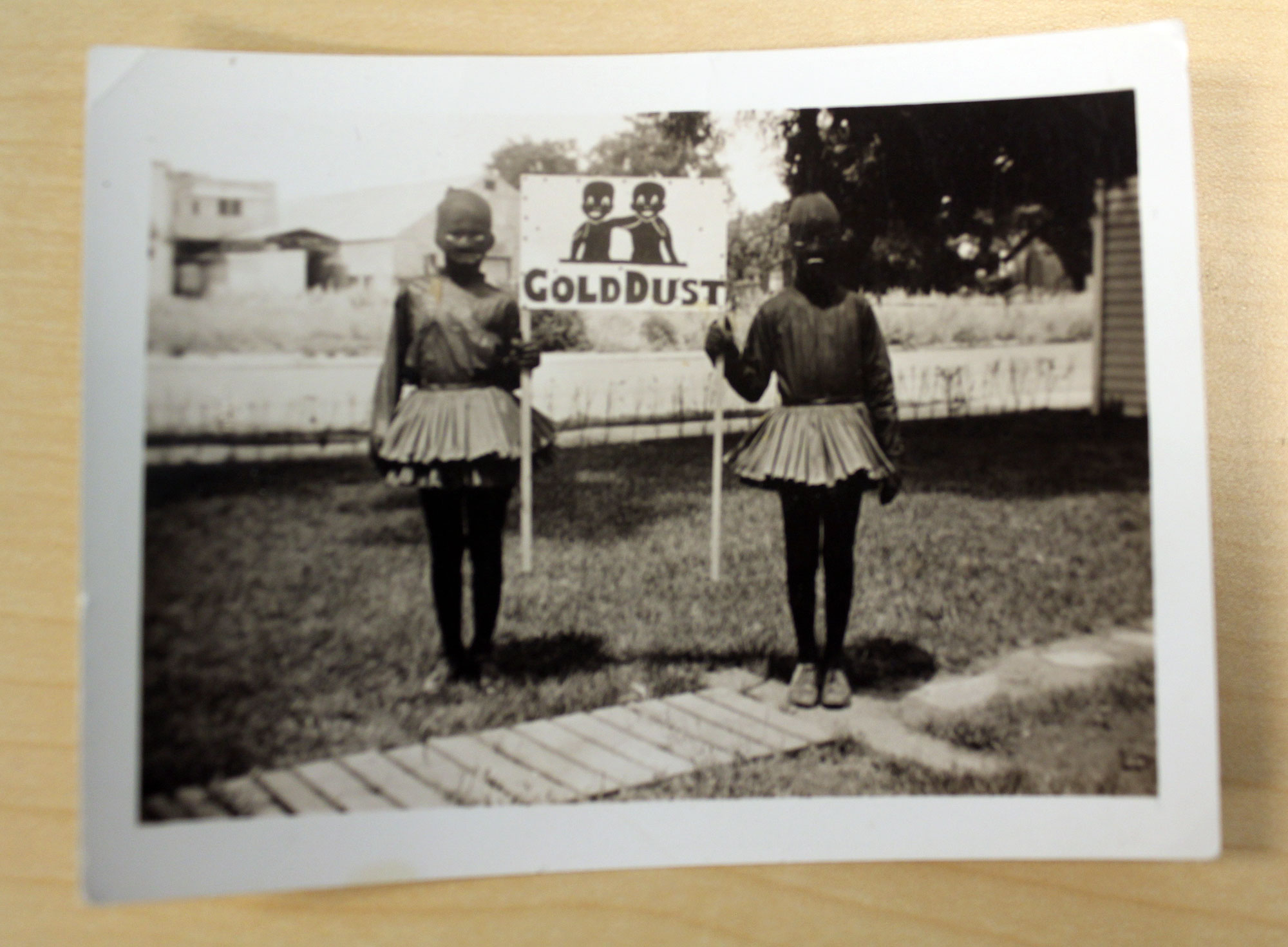Averill remembers moving to Topeka in 1953 from California and recalls that his father grew up in the 1930s. Discusses a photograph he found of his father, Stuart Carson Averill, dressed up as the Gold Dust twins for a Rotary Club parade.