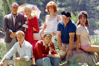 "The TV comedy show ""Gilligan's Island"" aired on CBS from 1964 to 1967."